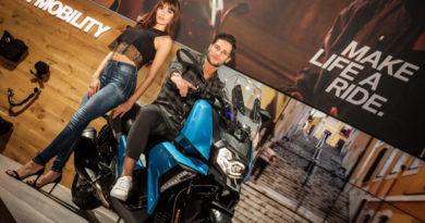 H BMW Motorrad στην Έκθεση Μοτοσικλέτας 2018.